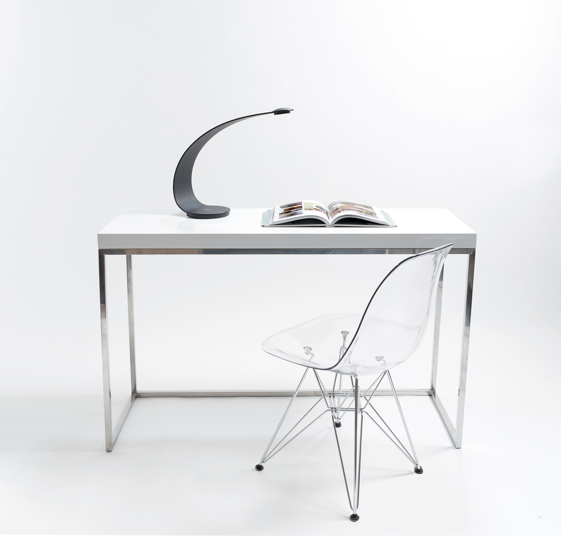 5 Modern Consoles To Enliven Your Space Modern Home : table23 from victoria.modernhomemag.ca size 2373 x 2269 jpeg 1012kB